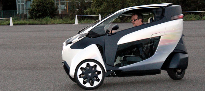 Toyota i-ROAD 2 - Picture courtesy Bertel Schmitt