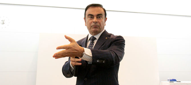 Ghosn hand - Picture courtesy Bertel Schmitt