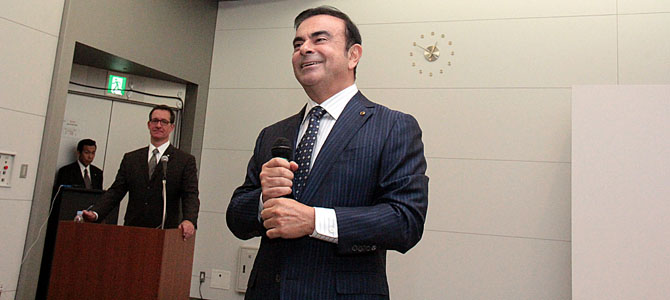 Ghosn smiles - Picture courtesy Bertel Schmitt