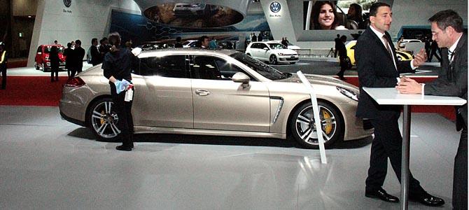 Porsche Panamera Tutrbo S Executive -2- Picture courtesy Bertel Schmitt