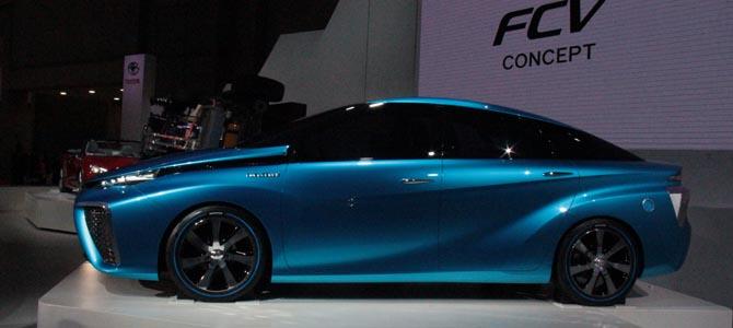 Toyota FCV -3- Picture courtesy Bertel Schmitt