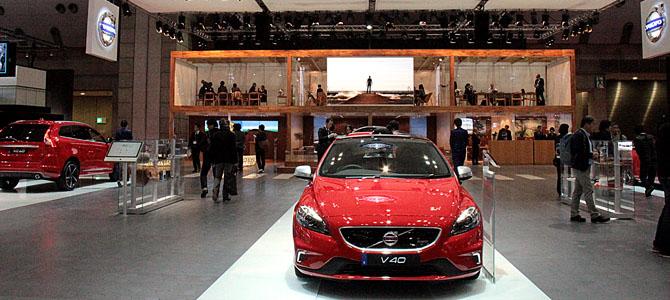 Volvo booth Tokyo - Picture courtesy Bertel Schmitt
