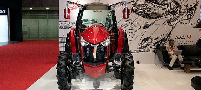 Yanmar Y-concept YT01 Advanced Tractor - Picture courtesy Bertel Schmitt